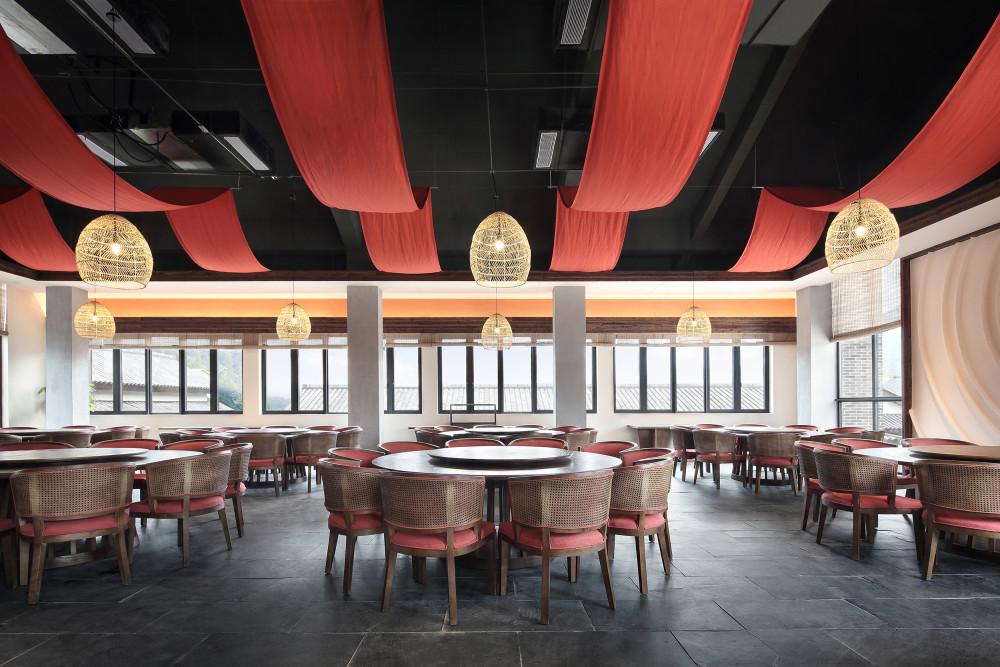 19一念之间二层荤食餐厅.jpg