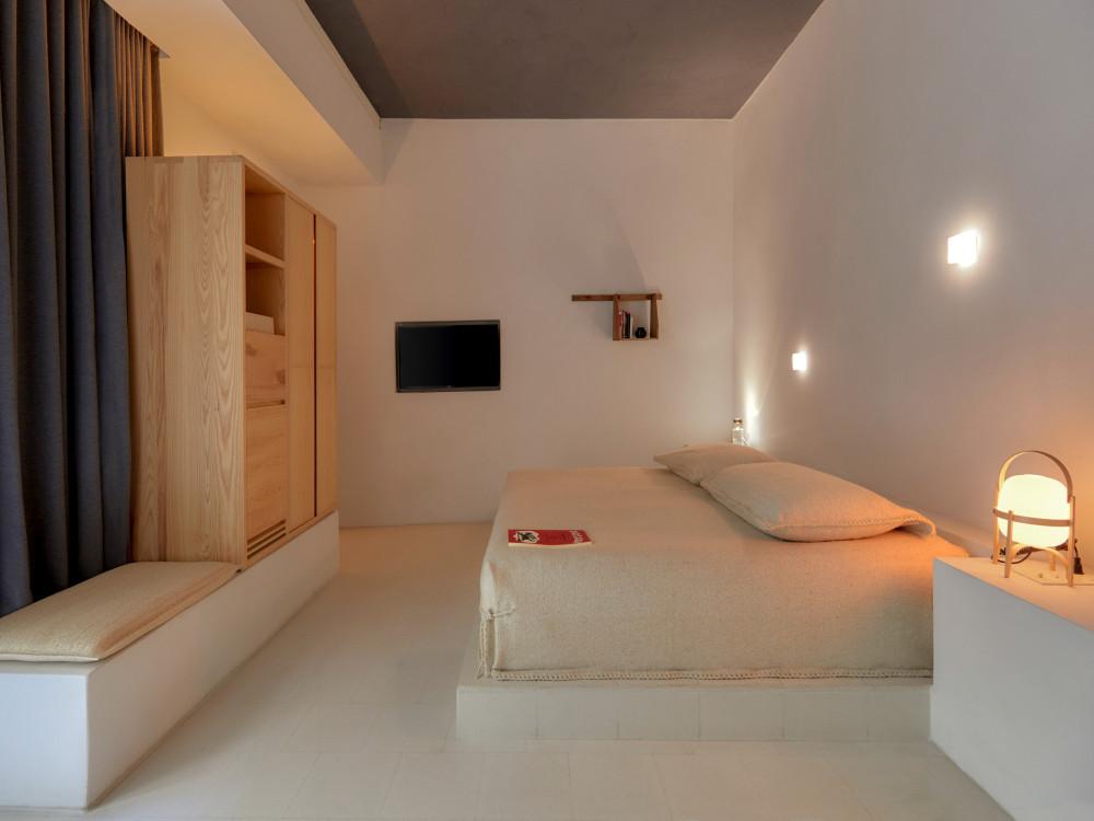 circulo-mexicano-patio-room-r-02.jpg