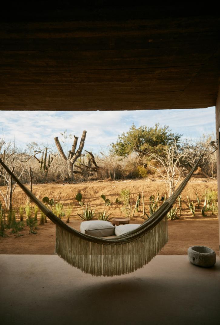 Hotel-Weekend-Barefoot-Luxury-Paradero-Hotel-Mexico-Hamaca.png