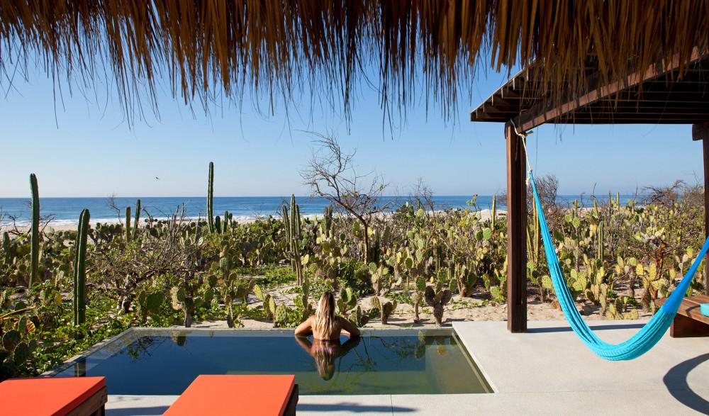 hotel-escondido-bungalow-pool-m-02-r-jpg.jpg