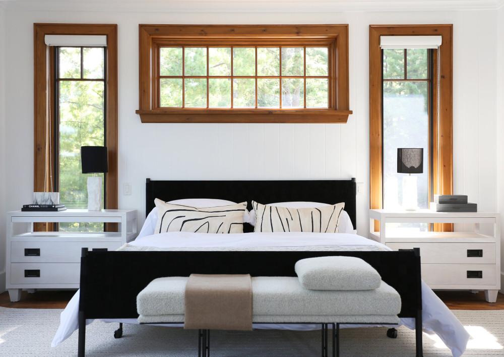 14 Main Floor Bedroom.jpg