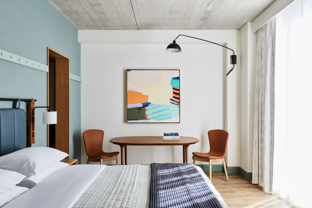 Hyatt_Centric_Rooms_Junior_Suite_007.jpg