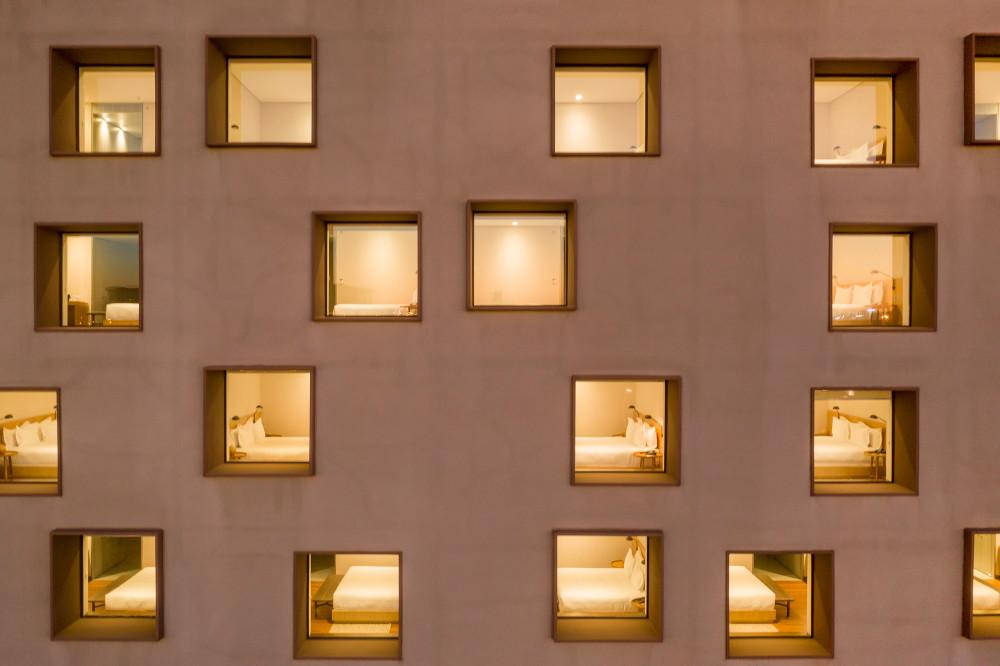 Hotel-B_734-FG.jpg
