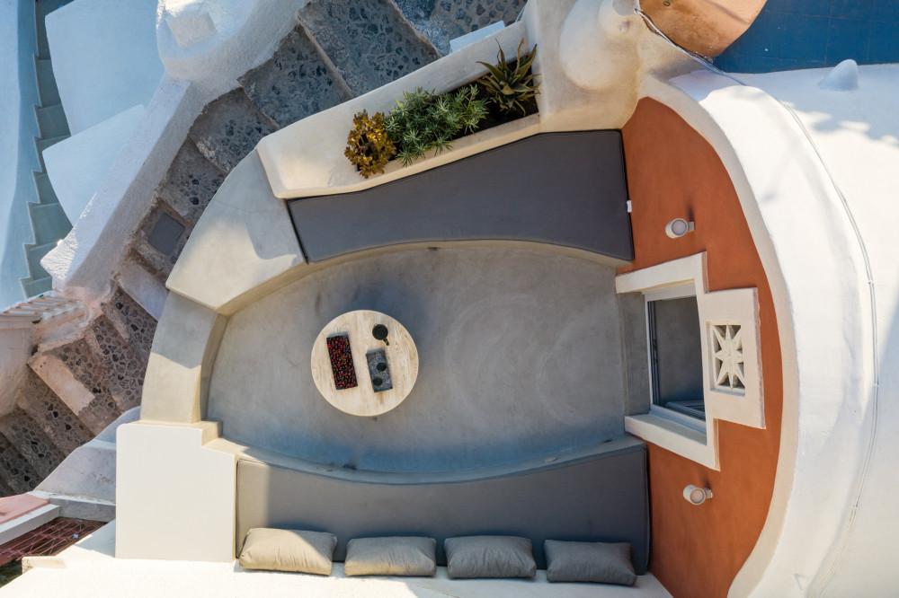 LimeDeco-TheMarbleSun-Santorini-site-2.jpg