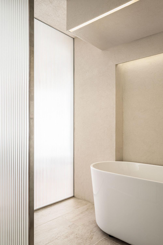 Design-Anthology-2021-06_TheLife__Tokyo-suitengumae_house_006.jpg