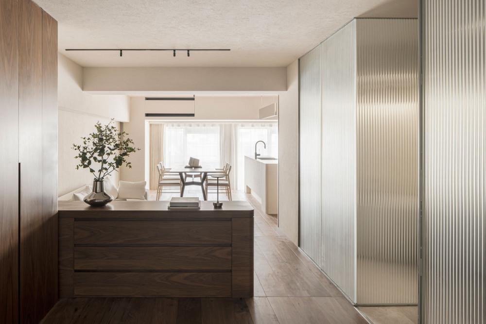 Design-Anthology-2021-06_TheLife__Tokyo-suitengumae_house_011.jpg