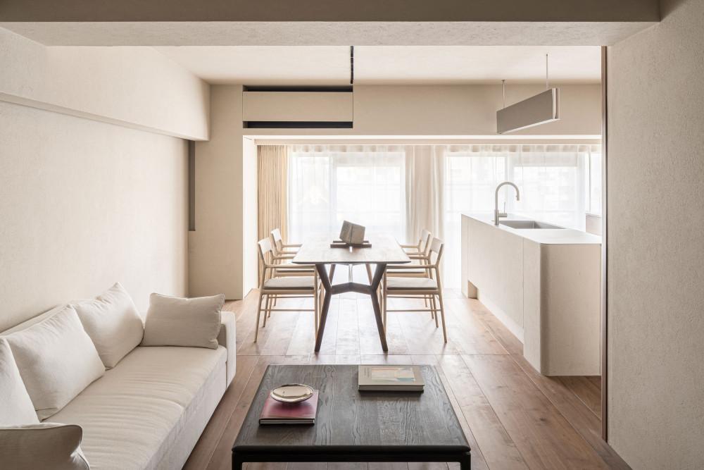 Design-Anthology-2021-06_TheLife__Tokyo-suitengumae_house_030.jpg