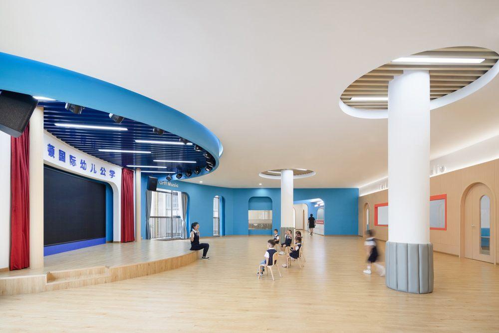 23▲二楼开放式舞台区©GaceDesign.jpg