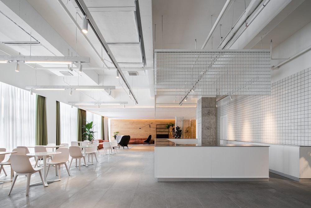 中国宁波 | ONEMORE 办公楼 | 2021 | 琢磨设计_ONEMORE咖啡区01.jpg