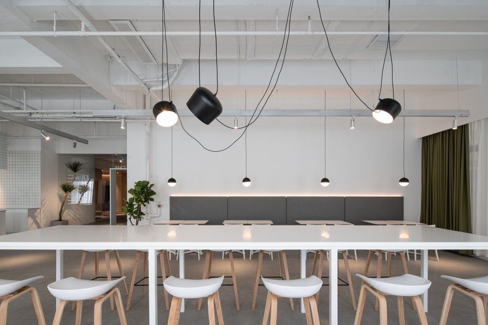 中国宁波 | ONEMORE 办公楼 | 2021 | 琢磨设计_ONEMORE咖啡区05.jpg