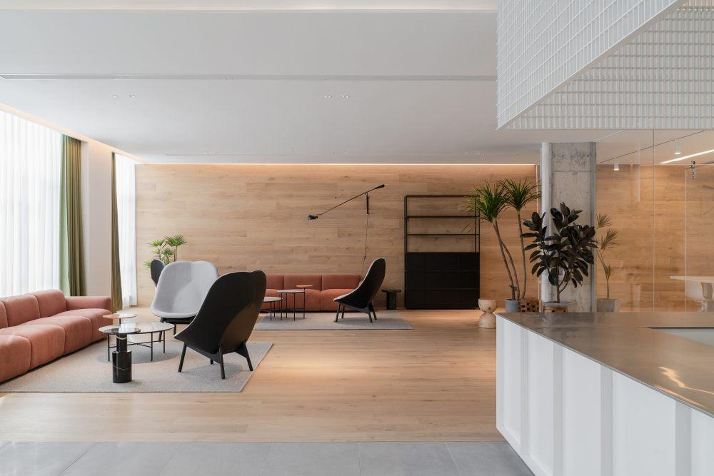 中国宁波 | ONEMORE 办公楼 | 2021 | 琢磨设计_ONEMORE咖啡区12-副本.jpg