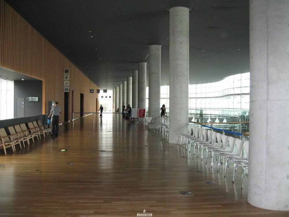 黑川纪章--东京新国立美术馆_东京新国立美术馆(黑川纪章)21.JPG