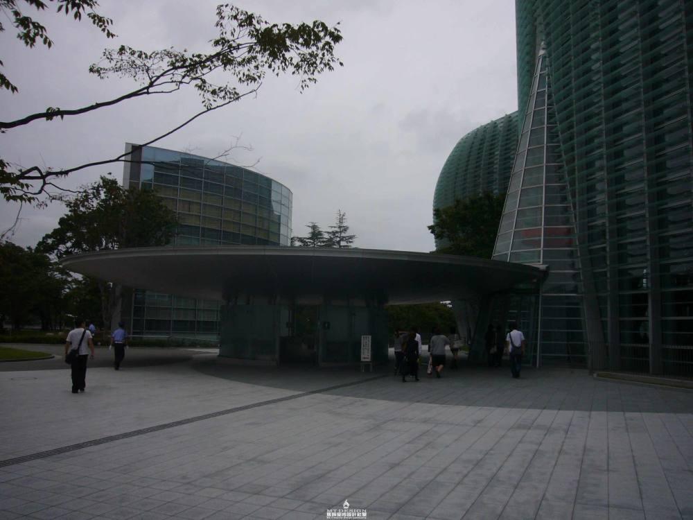 黑川纪章--东京新国立美术馆_东京新国立美术馆(黑川纪章)34.JPG