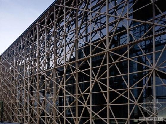 隈研吾 Kengo Kuma   日本著名建筑设计师_2010012713395938_1[1].jpg