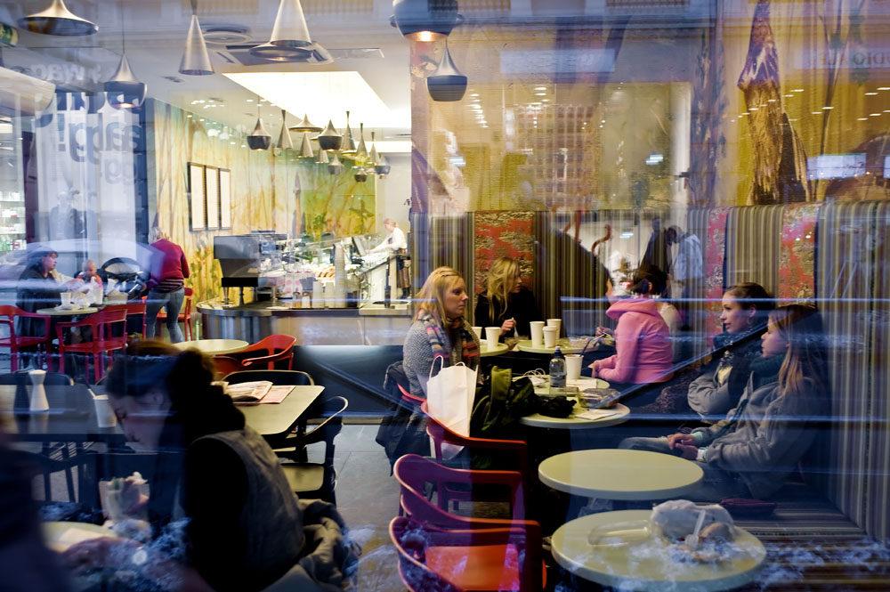 挪威奥斯陆的一间快餐厅- BIT Bogstadveien_1267115435-cam3275-ready.jpg